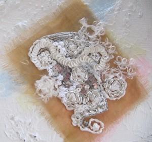 Le mariage réussi de la broderie d'art et de la peinture