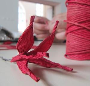 La fleur réalisée en un clin d'œil; quel talent !